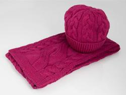 Aran Cable-knit Scarf and Hat Set - Pink